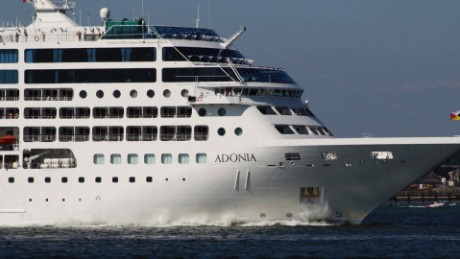 cnnee rec cuba adonia barco de lujo llega a la habana _00061411