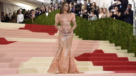 """NEW YORK, NY - MAY 02:  Beyonce attends the """"Manus x Machina: Fashion In An Age Of Technology"""" Costume Institute Gala at Metropolitan Museum of Art on May 2, 2016 in New York City.  (Photo by Larry Busacca/Getty Images)"""