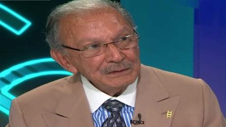 cnnee cala intvw eduardo caballero pionero radio television latina eeuu_00022809