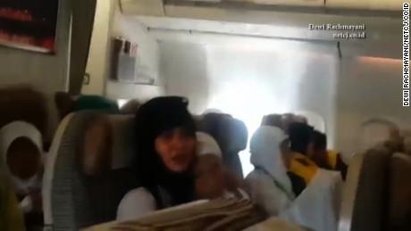 cnnee vo cafe avion turbulencia de 45 minutos heridos _00001428
