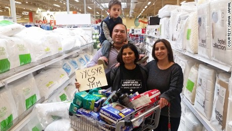 Syrian refugees in Canada step up to help wildfire evacuees