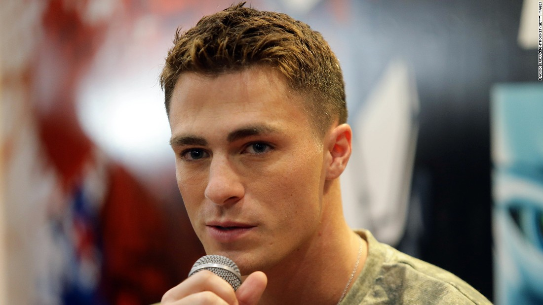 "Colton Haynes <a href=""http://www.ew.com/article/2016/05/05/colton-haynes-interview"" target=""_blank"">told Entertainment Weekly</a> that he was out to those close to him, but in May he went public with his sexuality."