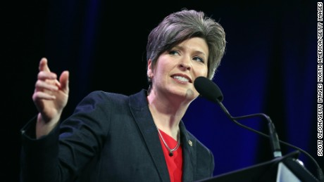 DES MOINES, IA - JANUARY 24:  U.S. Sen. Joni Ernst (R-IA) speaks to guests  at the Iowa Freedom Summit on January 24, 2015 in Des Moines, Iowa. The summit is hosting a group of potential 2016 Republican presidential candidates to discuss core conservative principles ahead of the January 2016 Iowa Caucuses.  (Photo by Scott Olson/Getty Images)