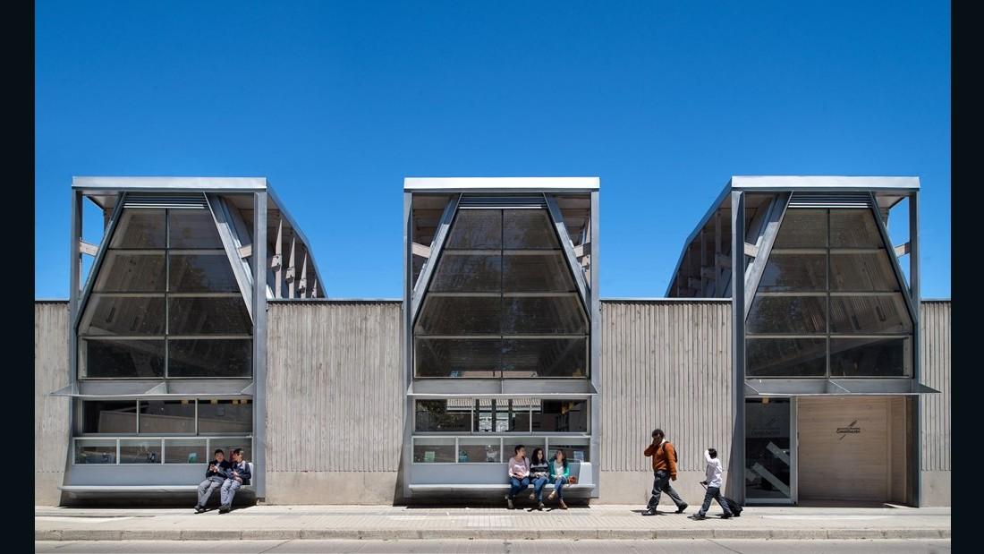 Public Library of Constitucion. Sebastian Irarrazaval Arquitectos. 2015, Constitucion, Chile. (Photo: Felipe Diaz)