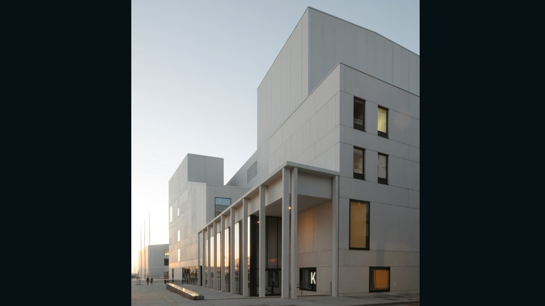 Stormen Concert Hall, Theatre and Public Library. DRDH Architects. Bodø, Norway. (Photo: David Grandorge)