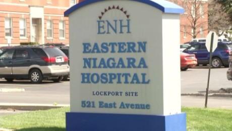 NY hospital armed robbery_00000602.jpg