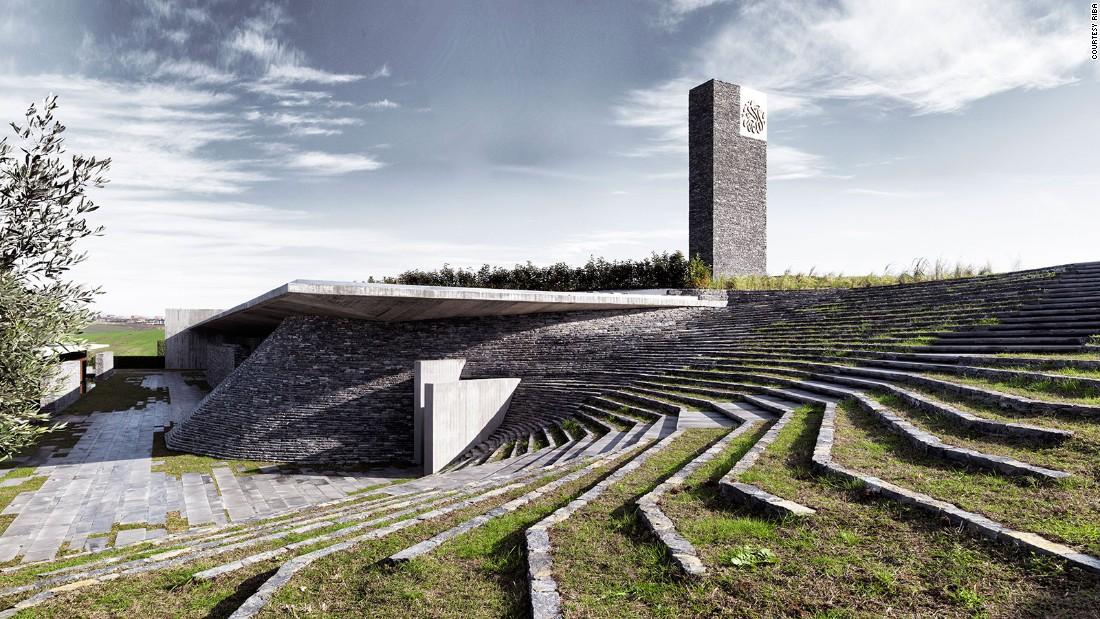 Sancaklar Mosque. Emre Arolat Architects. 2012, Büyükçekmece, Turkey. (Photo: Cemal Emden)
