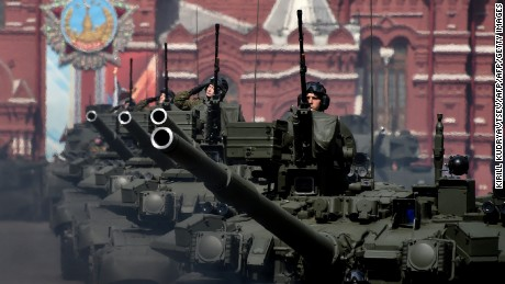 Russian T-90A tanks roll at the Red Square during the Victory Day military parade general rehearsal in Moscow on May 7, 2016 / AFP / KIRILL KUDRYAVTSEV        (Photo credit should read KIRILL KUDRYAVTSEV/AFP/Getty Images)