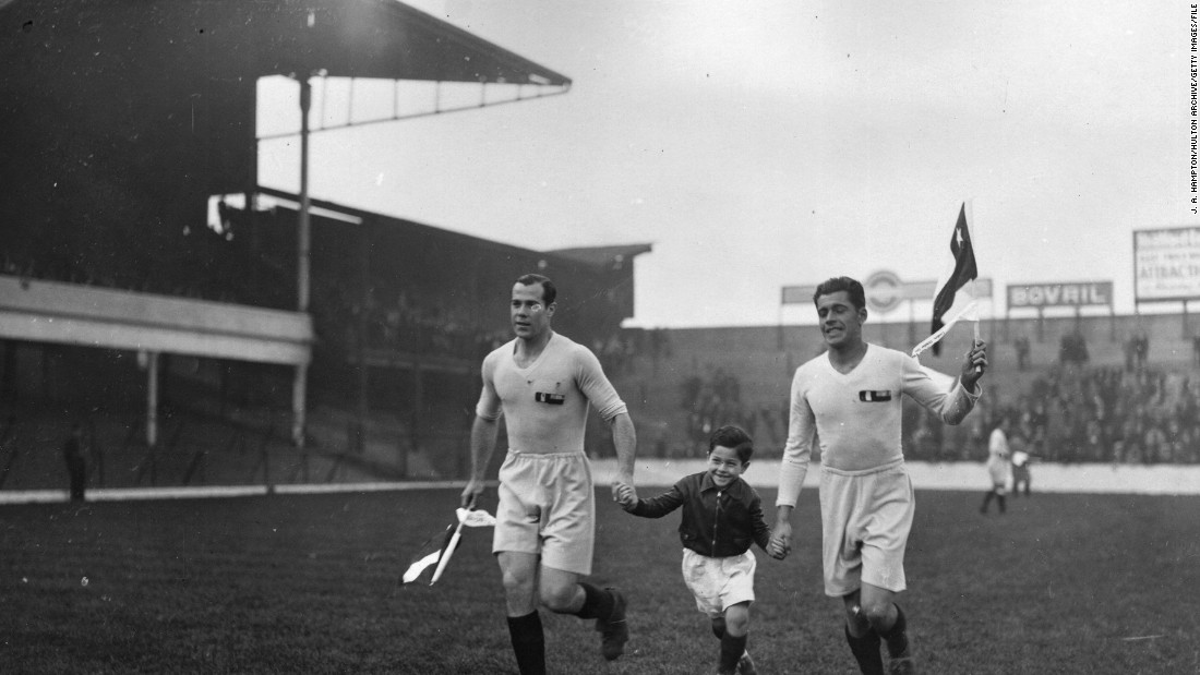 Also in 1933, a combined Peru-Chile amateur team visited Upton Park.