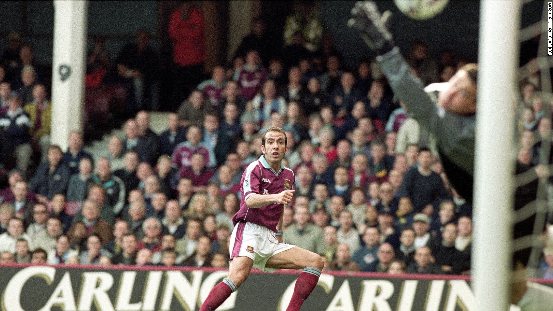 """Fans have been recalling their greatest memories -- such as this volleyed goal by Paolo Di Canio against Wimbledon in 2000 which was voted the <a href=""""http://www.whufc.com/News/Articles/2016/May/8-May/The-Greatest-Goal"""" target=""""_blank"""">best ever scored at Upton Park.</a>"""