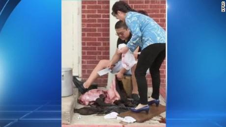 hog butchered outside restaurant dnt_00001530