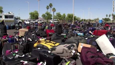 luggage system tsa sky harbor airport dnt_00002501