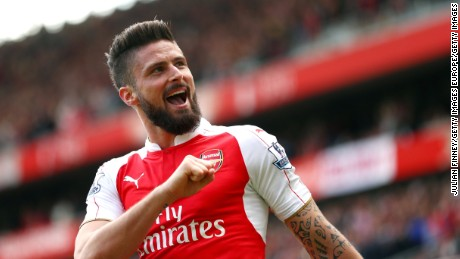 LONDON, UNITED KINGDOM - MAY 15:  Olivier Giroud of Arsenal celebrates scoring his team's third and hat trick goal during the Barclays Premier League match between Arsenal and Aston Villa at Emirates Stadium on May 15, 2016 in London, England.  (Photo by Julian Finney/Getty Images)