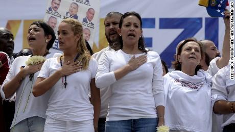 cnnee rec intvw maria corina machado venezuela crisis marcha _00023723