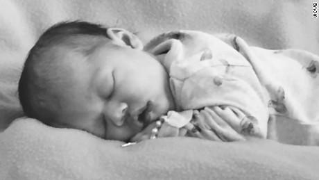 man loses wife newborn daughter sister days apart dnt_00012402