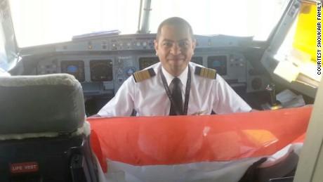 egypt egyptair pilot profile lee pkg_00000308