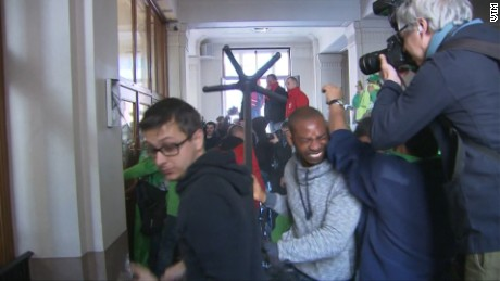 Prison guards storm Belgium's Justice Ministry