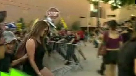 Donald Trump Protesters Break Though Barriers Simon live_00002112.jpg