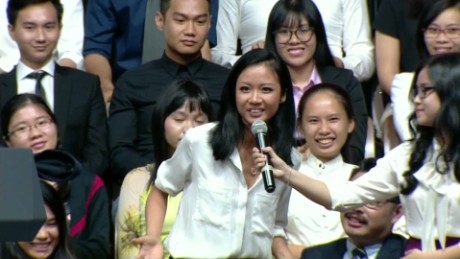 vietnam obama beat box rap sot_00005928