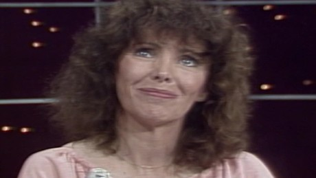 beth howland people now 1983 intv alice character tv show sot _00000210.jpg