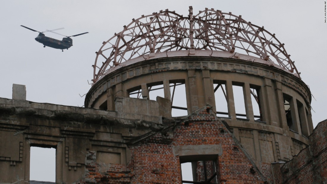 Obama in Hiroshima calls for 'world without nuclear ...