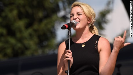 TWIN LAKES, WI - JULY 25:  Singer/Songwriter Jamie Lynn Spears  performs at Country Thunder USA - Day 3 In Twin Lakes, Wisconsin on July 25, 2015 in Twin Lakes, Wisconsin.  (Photo by Rick Diamond/Getty Images for Country Thunder)