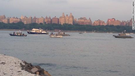 Small plane crashes into Hudson River near NJ