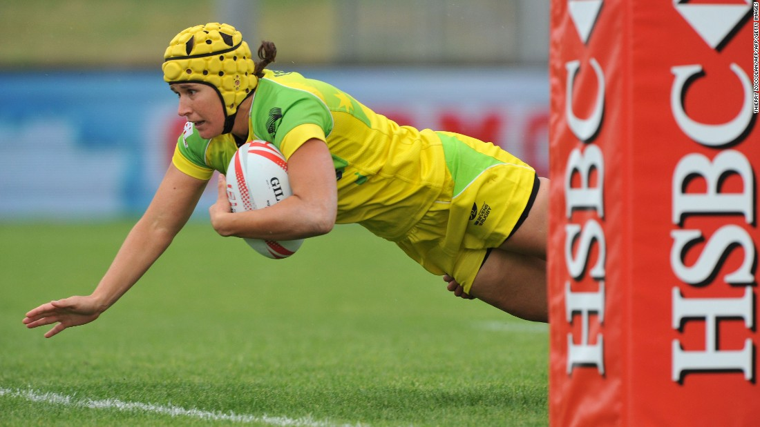 Australia beat neighbor New Zealand 14-5 in the semis, with Shannon Parry scoring one of her side's two tries. Tim Walsh's team now goes into August's Rio Olympics on a high and in pole position to secure a gold medal.