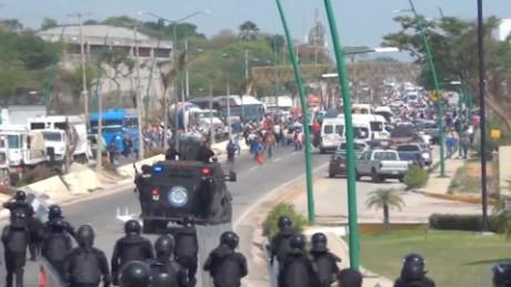 cnnee rey rodriguez rapan a maestros por no marchar en mexico_00013914