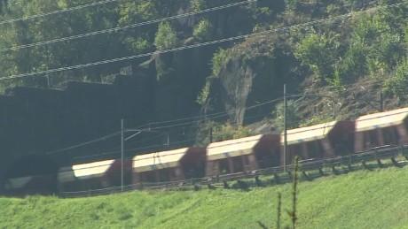 worlds longest tunnel switzerland pkg kinkade wrn_00003707