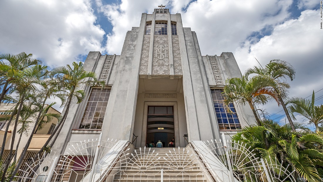 Discovering cuban art deco in havana for Architecture art deco