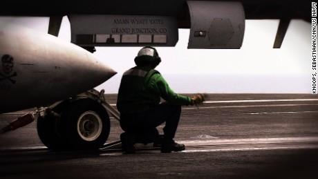 cnnee pkg fred frailey la guerra contra isis desde el aire _00021709