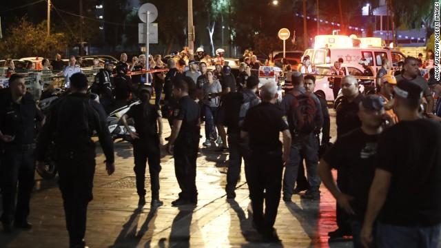 3 killed in shooting at Tel Aviv market; 2 arrested