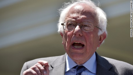 Democratic presidential candidate Bernie Sanders speaks to the press outside of the West Wing following a meeting with US President Barack Obama on June 9, 2016 at the White House in Washington, DC.