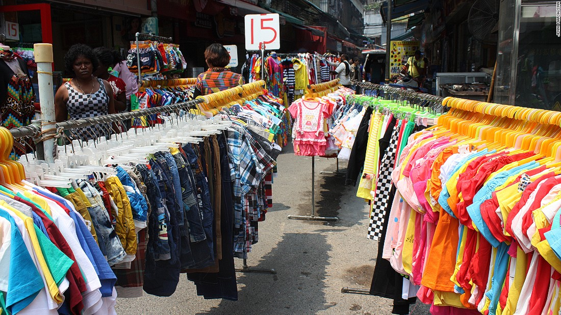 Street markets selling low-end goods were commonplace.