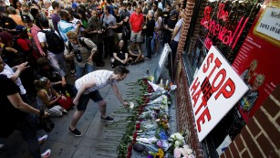 World reacts to Orlando attack