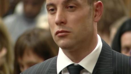 pistorius back in court lklv mckenzie_00002615
