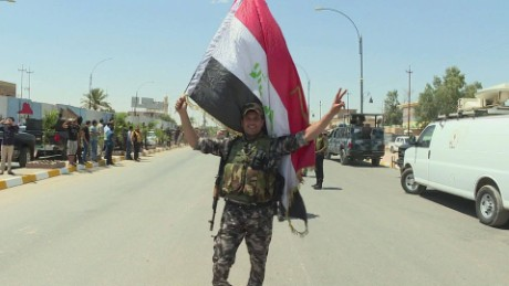 Iraqi forces assemble to take back Mosul
