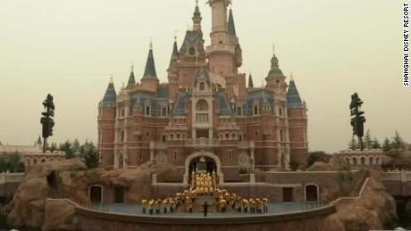 shanghai disneyland opens china rivers cnni nr lklv_00011118.jpg