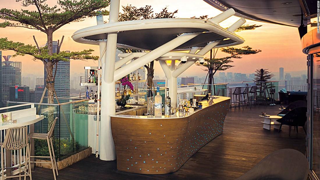 World S Best Sky High And Rooftop Restaurants Cnn Com