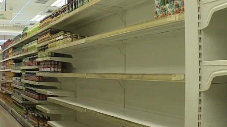 venezuela food protests blamed for fatalities rafael romo_00002305.jpg
