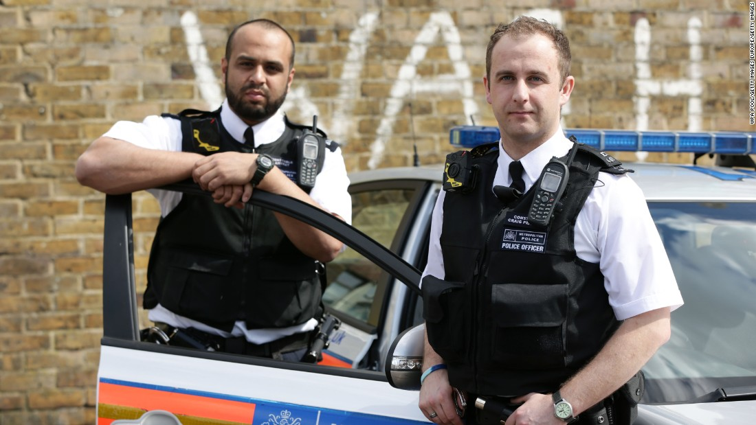 "Would you lie to them? Some people do -- and researchers such as<a href=""http://www.port.ac.uk/department-of-psychology/staff/professor-aldert-vrij.html"" target=""_blank""> Aldert Vrij</a> are developing new techniques for police to clearly sort the truth from the lies."