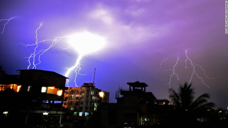 Deadly lightning strikes in India