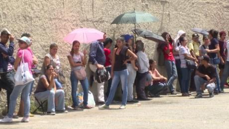 cnnee pkg rafael romo escasez comida saqueos venezuela _00004029