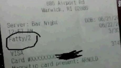 restaurant owner fires son for offensive receipt dnt_00002328.jpg