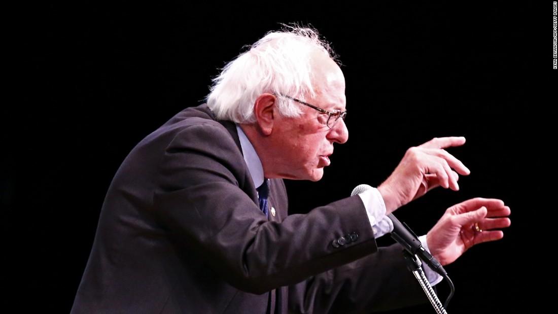 Sanders vows to continue Democratic platform fight