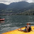 christo floating piers 4