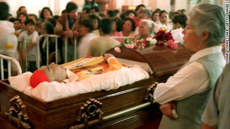 The body of Cardinal Juan Jesus Posadas Ocampo lays in state in a Guadalajara cathedral in 1993.