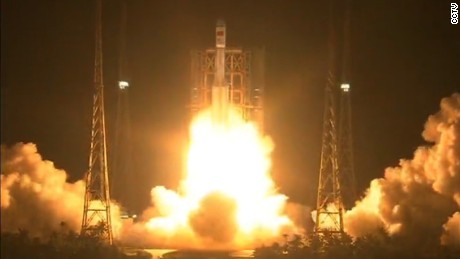 China launches powerful new rocket