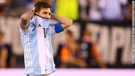 cnnee sot leonel messi dice adios a la seleccion argentina _00000419